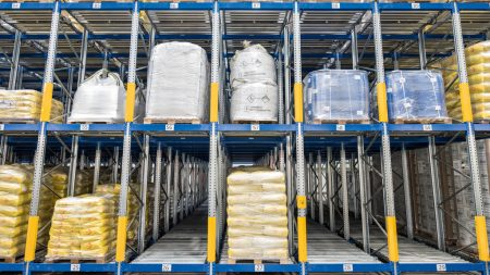 PROflow active enables trouble-free handling of all kinds of packaging and pallets. (Photo | Jan Hosan)