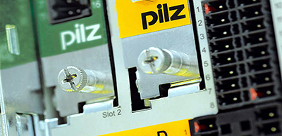 Automation safety with safety servo amplifier from Pilz